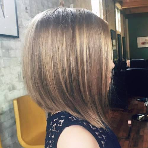 Heartwarming Wavy Medium Length Haircut