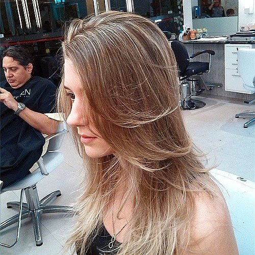 Stern Thin Hairstyle to Become Elegant