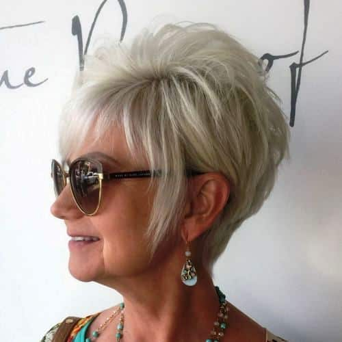 Messy Blonde Short Hairstyle for Women