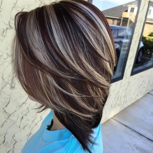 Straight Haircut with Highlighted Crown