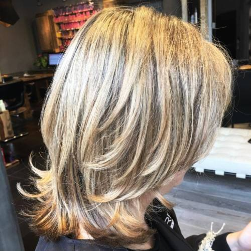 Two Tone Layered Medium to Short Hairstyle