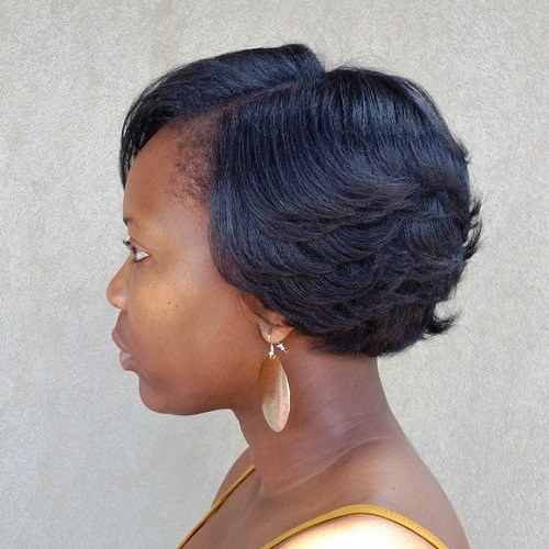 Uneven Layers Short Hairstyle for Black Women