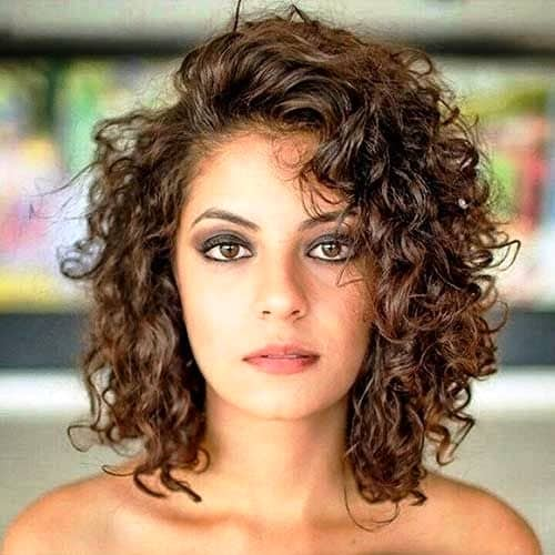 Layered Cut for Curly Hair