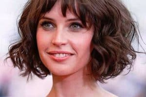 Curly bob layering with bangs