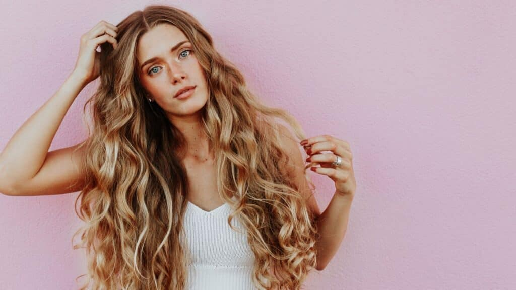 Tips for Styling Curly, Wavy Hair